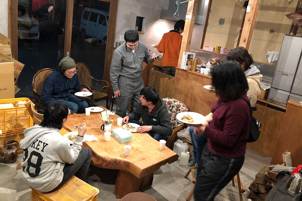 若者支援シェアハウス「人おこし」|合宿夕食